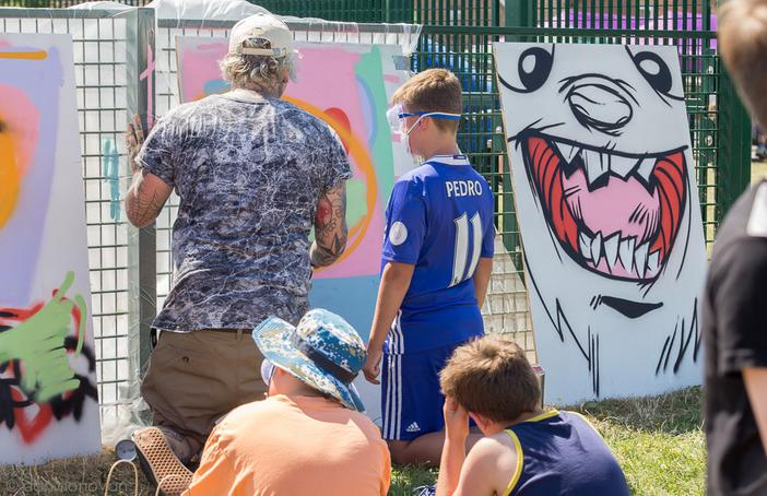 Graffiti workshop with artist Si Mitchell at Chatteris Summer Festival