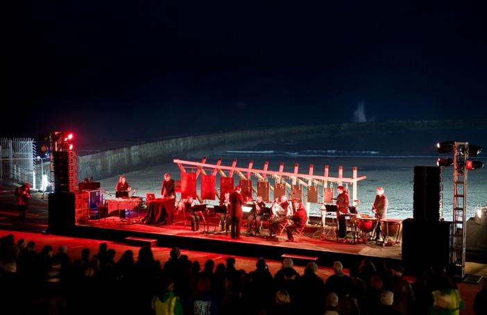 Performance of Fl10S: False Lights Seaham at Seaham Marina, 15 November 2014